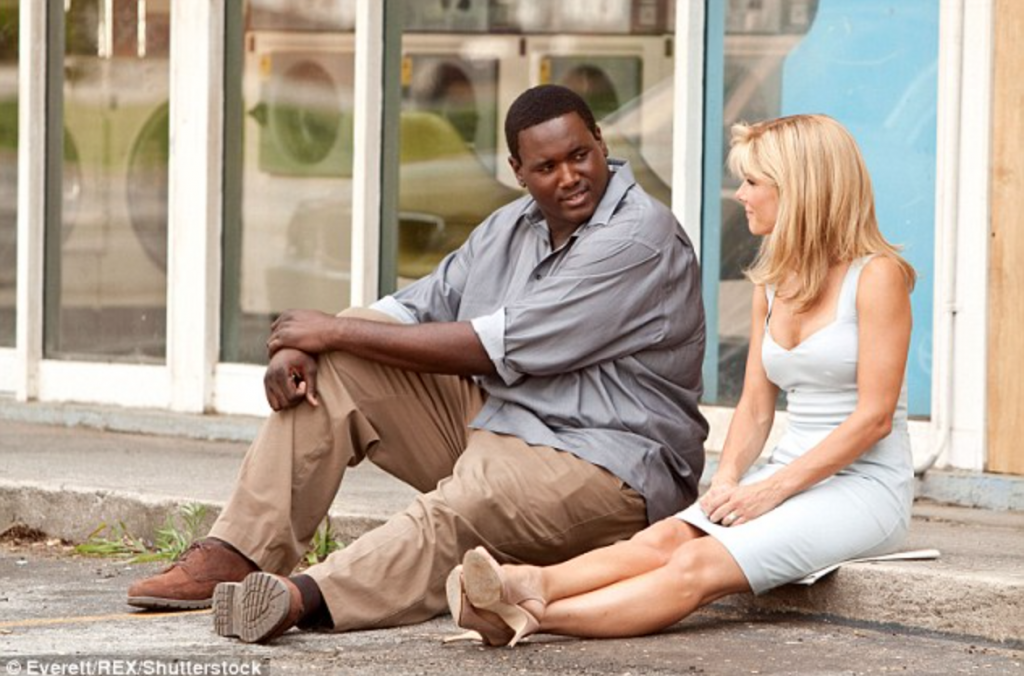 the blind side movie review The blind side isn't exactly subtle but neither is it cloying hancock, who also directed another inspirational sports drama, the rookie , gets the tone just about right and, while things are softened considerably for the pg-13 rating, there are hints of darker elements that.